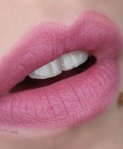 Son KIKO Velvet Passion Matte Lipstick 315 Mauve Swatch
